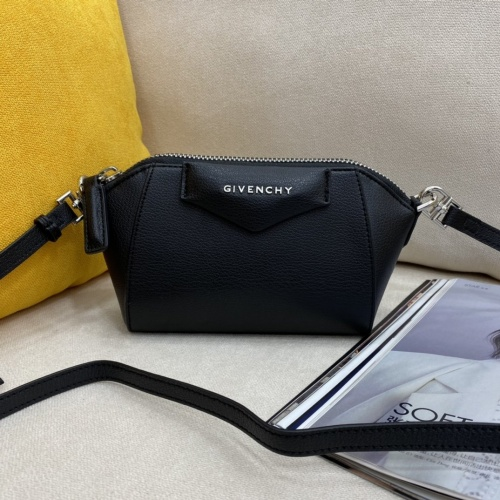 Givenchy AAA Quality Messenger Bags For Women #868940