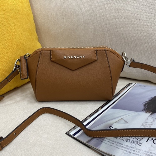 Givenchy AAA Quality Messenger Bags For Women #868944