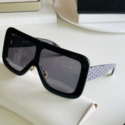 Christian Dior AAA Quality Sunglasses #869326