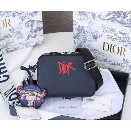 Christian Dior AAA Quality Messenger Bags #869372