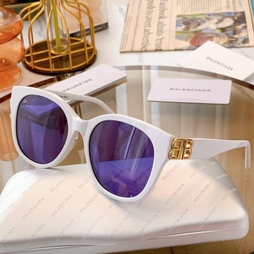 Balenciaga AAA Quality Sunglasses #869817