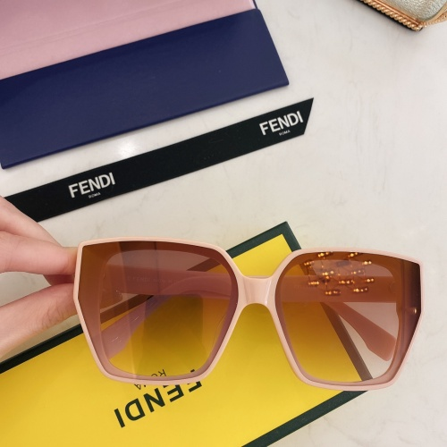 Fendi AAA Quality Sunglasses #869837
