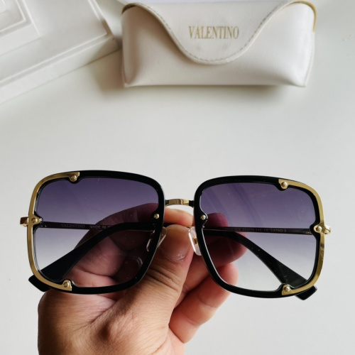 Valentino AAA Quality Sunglasses #869968