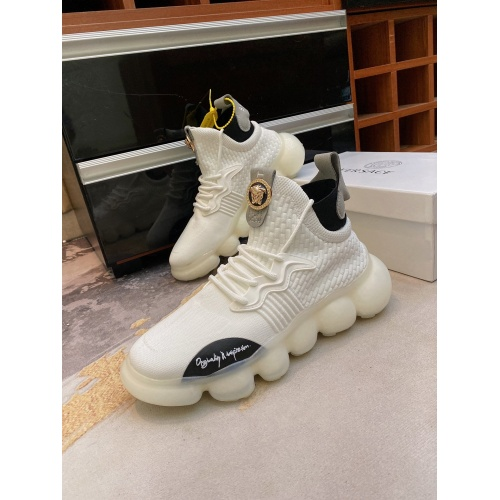 Versace Casual Shoes For Men #870052