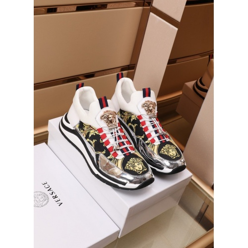 Versace Casual Shoes For Men #870130