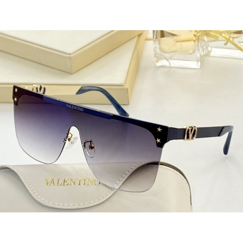 Valentino AAA Quality Sunglasses #870190