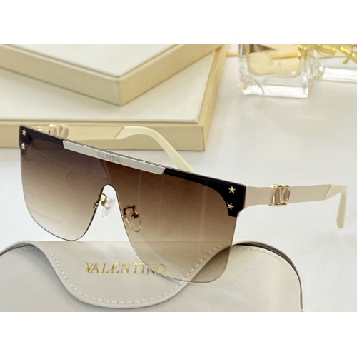 Valentino AAA Quality Sunglasses #870191