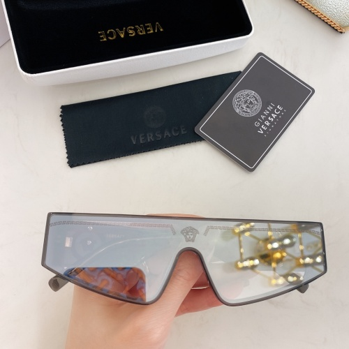 Versace AAA Quality Sunglasses #870206