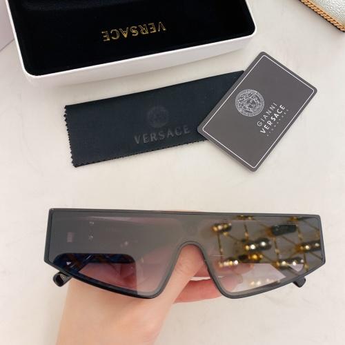 Versace AAA Quality Sunglasses #870210