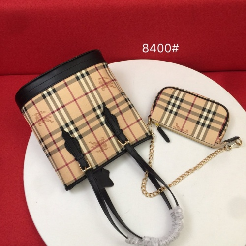 Burberry AAA Handbags For Women #870276