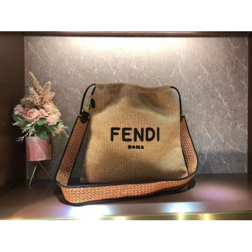 Fendi AAA Quality Messenger Bags For Women #870328
