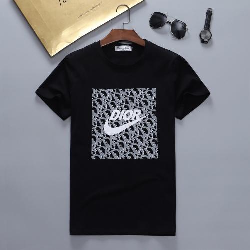 Christian Dior T-Shirts Short Sleeved For Men #870409