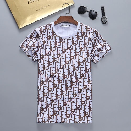 Christian Dior T-Shirts Short Sleeved For Men #870413