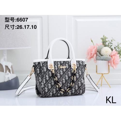 Christian Dior Handbags For Women #870633