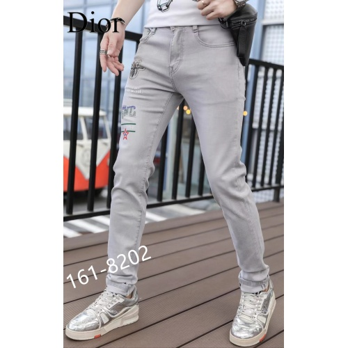 Christian Dior Jeans For Men #870965