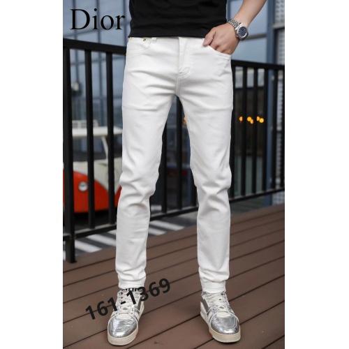 Christian Dior Jeans For Men #870975