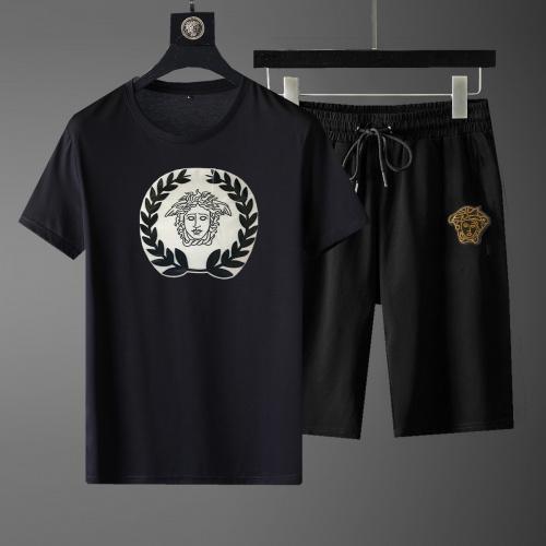 Versace Tracksuits Short Sleeved For Men #871074