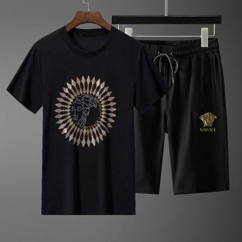 Versace Tracksuits Short Sleeved For Men #871095
