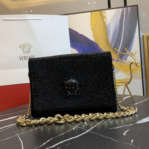 Versace AAA Quality Messenger Bags For Women #871344
