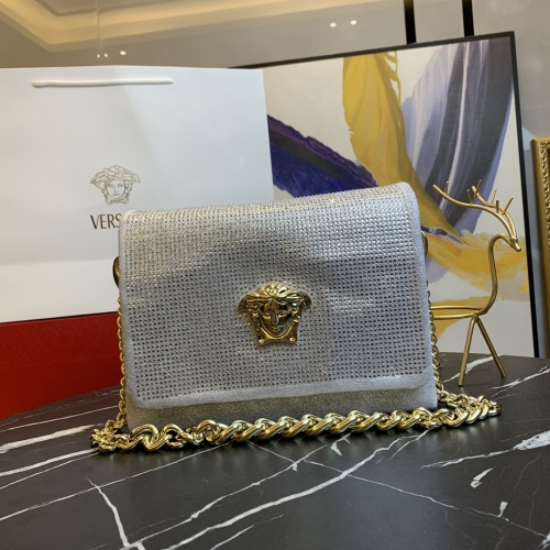 Versace AAA Quality Messenger Bags For Women #871360