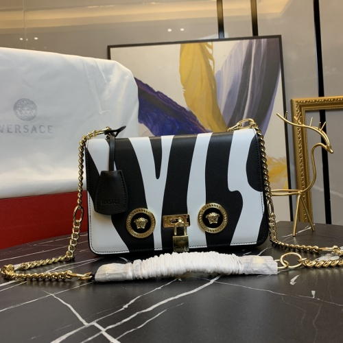 Versace AAA Quality Messenger Bags For Women #871365