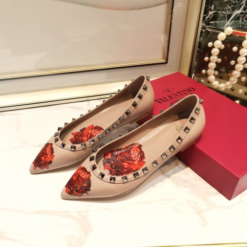 Valentino Flat Shoes For Women #871507