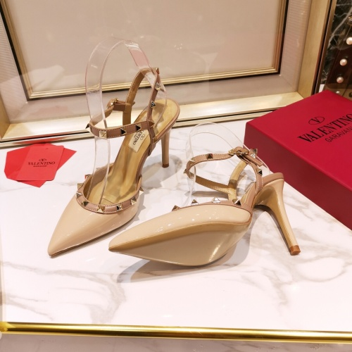 Valentino High-Heeled Shoes For Women #871531