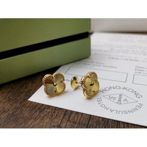 Van Cleef & Arpels Earrings #872066
