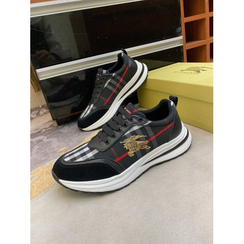 Burberry Casual Shoes For Men #872114