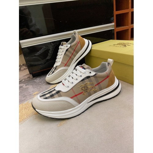 Burberry Casual Shoes For Men #872115