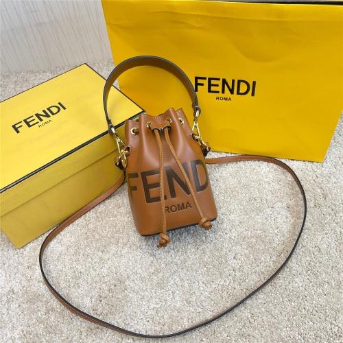 Fendi AAA Messenger Bags For Women #872325