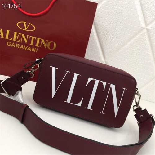 Valentino AAA Quality Messenger Bags For Women #872333