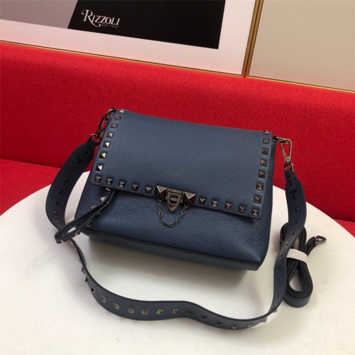 Valentino AAA Quality Messenger Bags For Women #872334