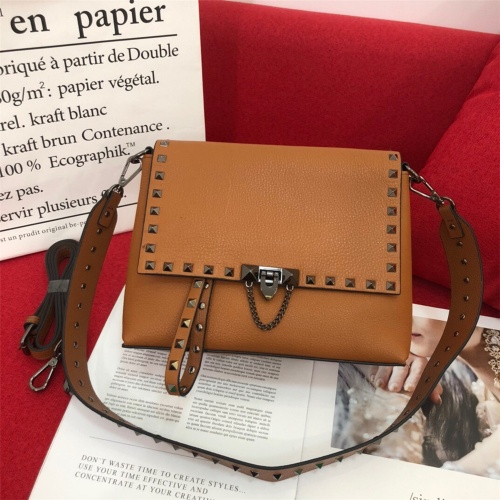 Valentino AAA Quality Messenger Bags For Women #872336