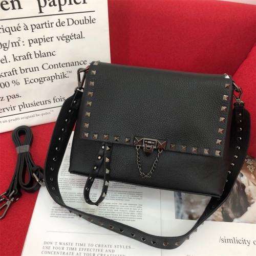 Valentino AAA Quality Messenger Bags For Women #872338