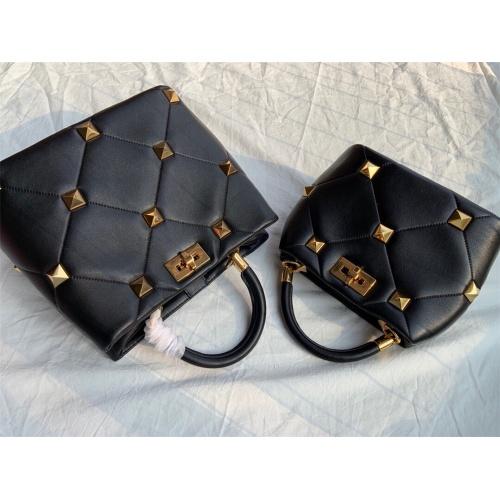 Valentino AAA Quality Handbags For Women #872358