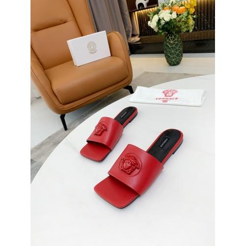 Versace Slippers For Women #872411