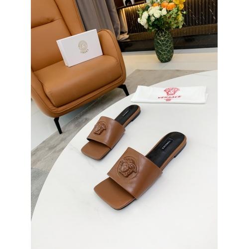 Versace Slippers For Women #872413