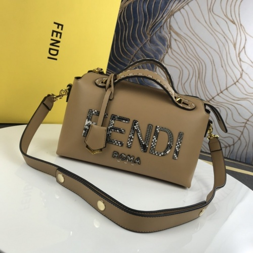 Fendi AAA Messenger Bags For Women #872438