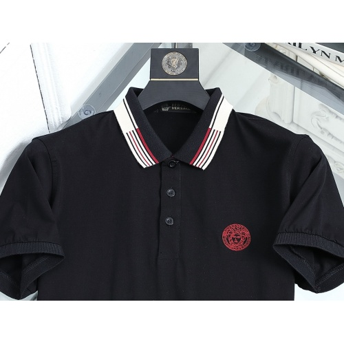 Replica Versace T-Shirts Short Sleeved For Men #872570 $42.00 USD for Wholesale