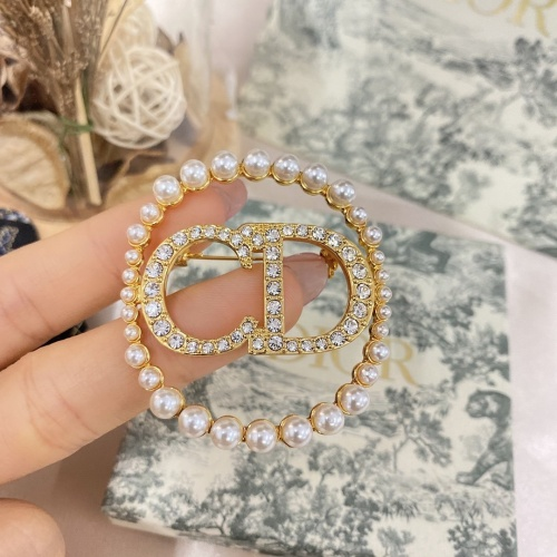 Christian Dior Brooches #873212
