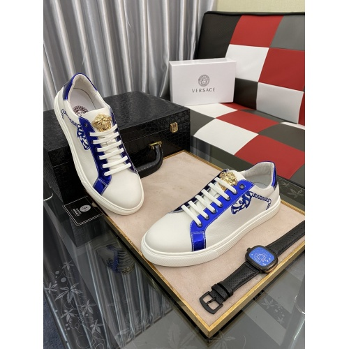 Versace Casual Shoes For Men #873265