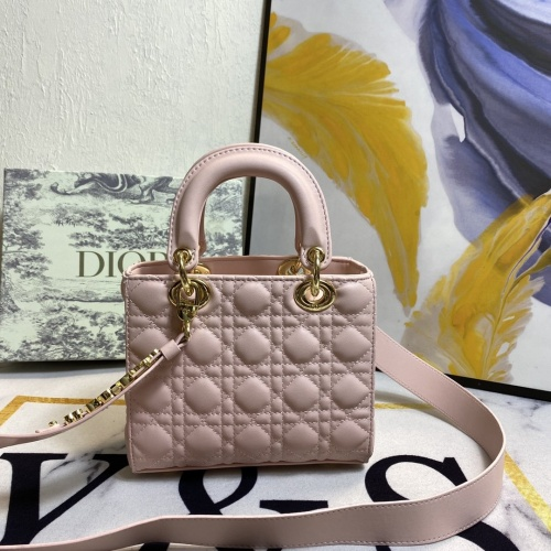 Christian Dior AAA Quality Messenger Bags For Women #873517