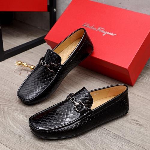 Ferragamo Leather Shoes For Men #873635