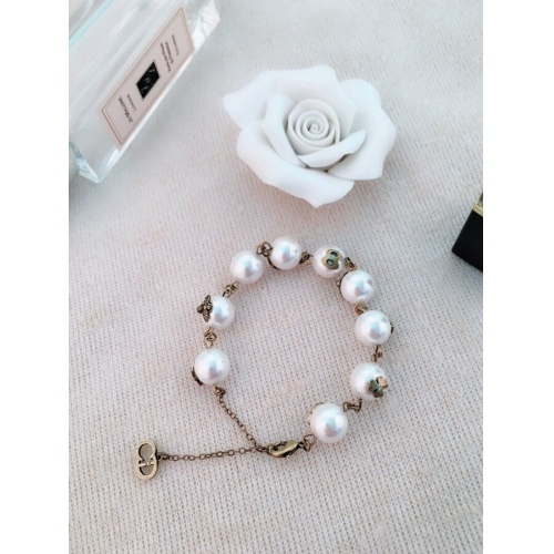Christian Dior Bracelets #875173