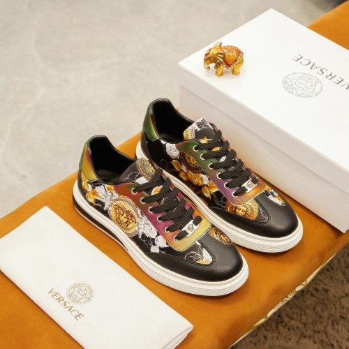 Versace Casual Shoes For Men #875623