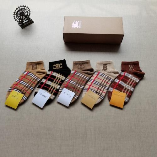 Burberry Socks #876049