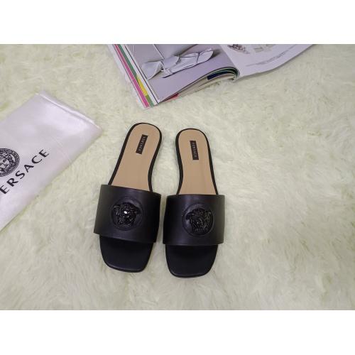 Versace Slippers For Women #876966