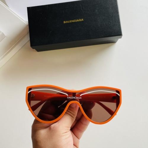 Balenciaga AAA Quality Sunglasses #877297