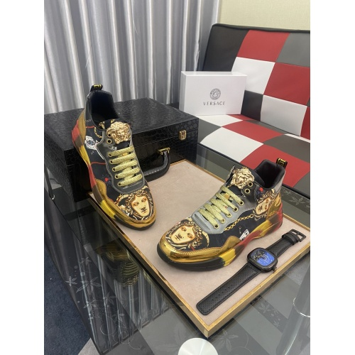 Versace Casual Shoes For Men #877723